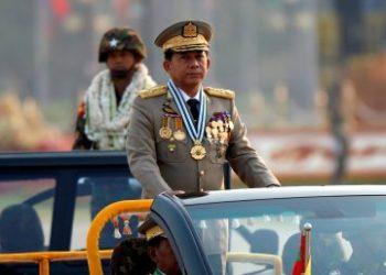 Senior General Min Aung Hlaing meets Chinese diplomat