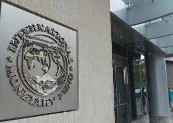 IMF and the World Bank slashes growth forecasts